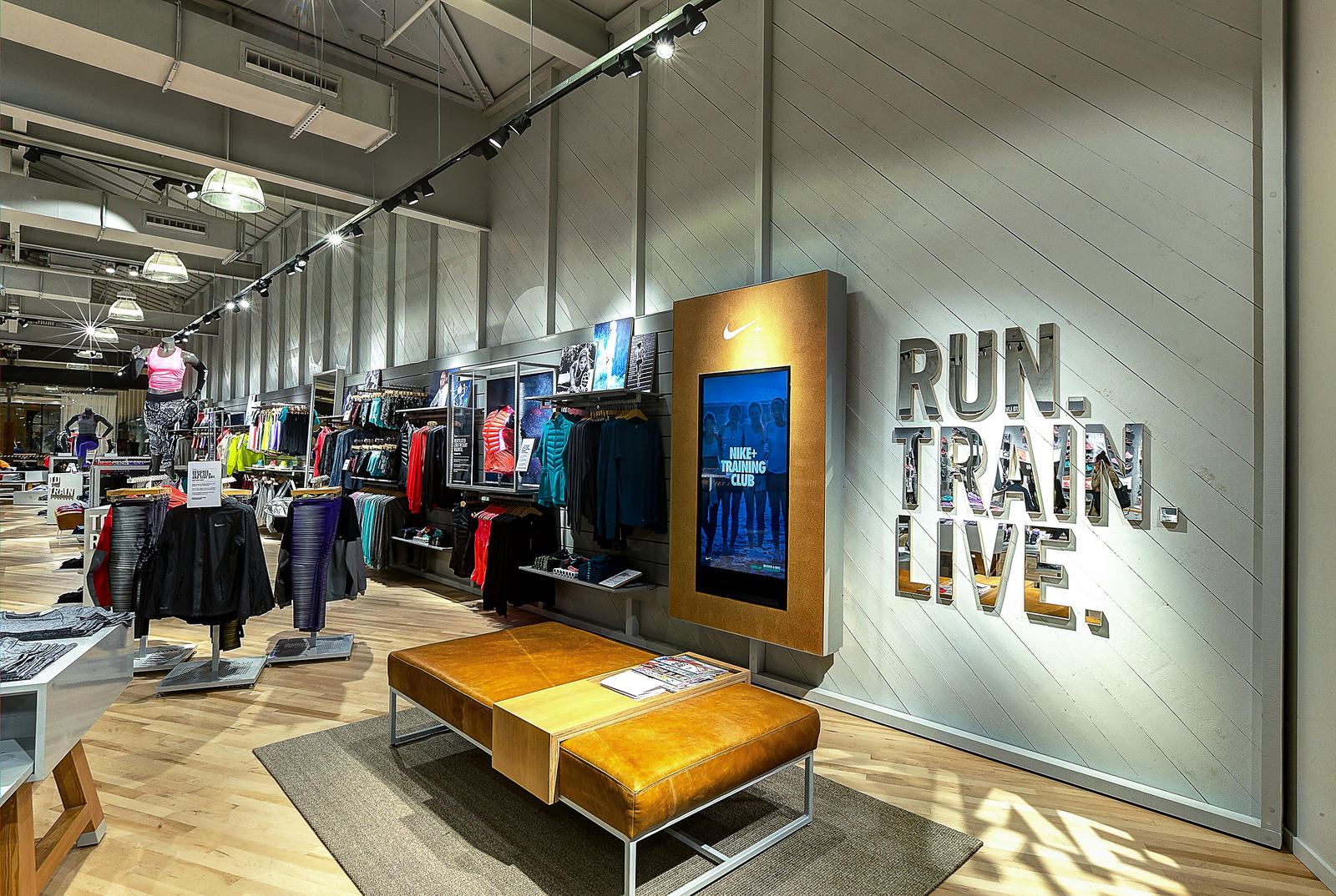Nike Outlet Suomi