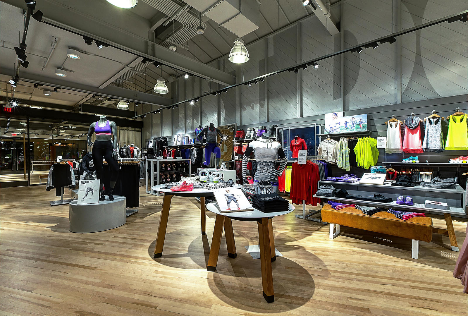 Rad Retailers Nike Opens First Womens Only Store In California